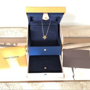 Louis Vuitton Color Blossom Star Necklace